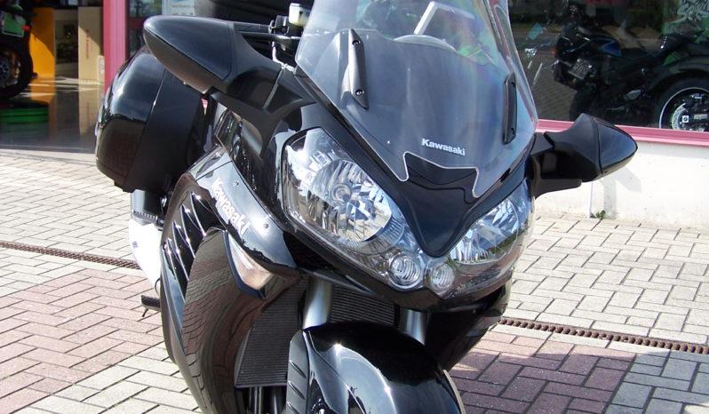 Kawasaki 1400GTR 2011 full