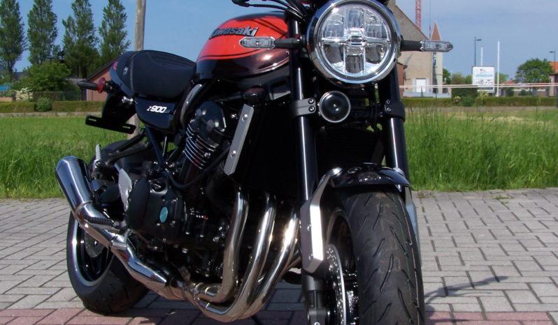 Kawasaki Z900RS full