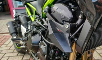 Kawasaki Z900 full